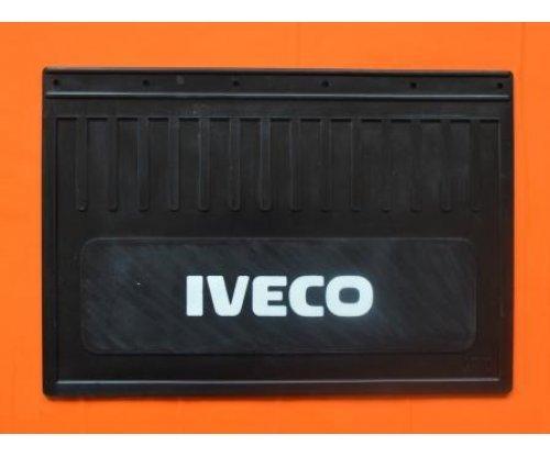 Брызговик Iveco простая надпись(500x370)