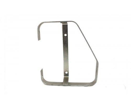 Рамка металева на задній комбінований ліхтар HOR 56 правий TRM 00935